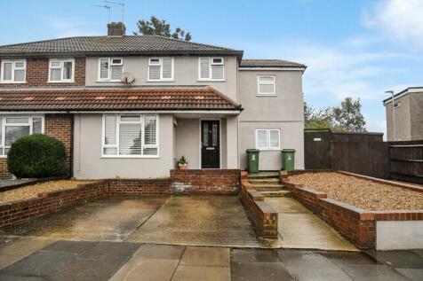 Bedonwell Road, Belvedere, DA17. 4 bedroom semi-detached house for sale