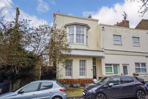 Camden Road, Ramsgate, Kent. 5 bedroom end of terrace house