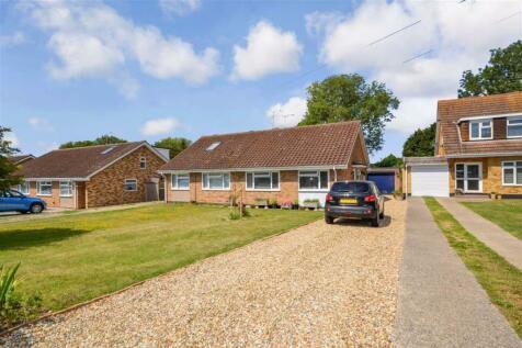 Seamark Close, Ramsgate, Kent. 2 bedroom semi-detached bungalow