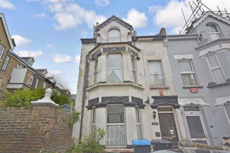 Albert Road, Ramsgate, Kent. 5 bedroom semi-detached house