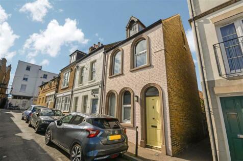 Albert Street, Ramsgate, Kent. 3 bedroom end of terrace house
