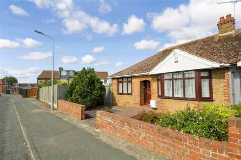 Violet Avenue, Ramsgate, Kent. 3 bedroom semi-detached bungalow