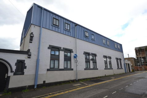 The Warehouse, Lower Foundry Street. 2 bedroom apartment