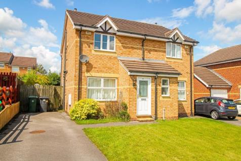 Mulberry Court, Golcar. 2 bedroom semi-detached house