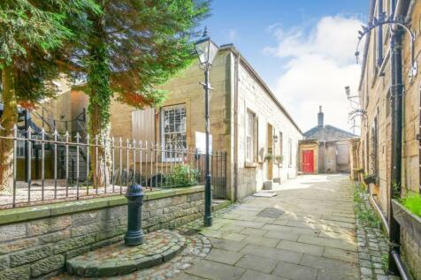 4 Kings Court, Falkirk FK1 1PG. 2 bedroom terraced house for sale