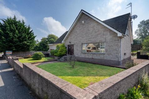 Cumbernauld Road, Muirhead, Glasgow. 4 bedroom detached house