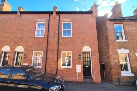 Princes Street, Leamington Spa, CV32. 2 bedroom terraced house