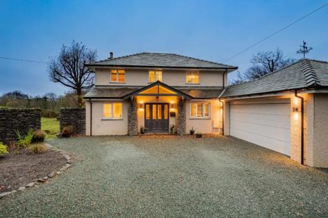 Fellbeck, South Crescent, Windermere, LA23 1DH. 4 bedroom detached house for sale