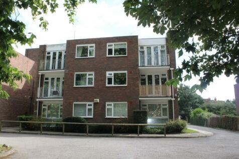 Foxgrove Road, Beckenham, Kent, BR3. 1 bedroom ground floor flat