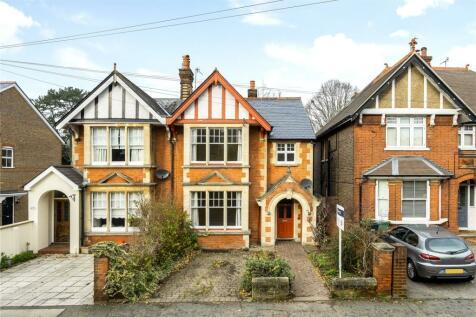Blackborough Road, Reigate, Surrey, RH2. 3 bedroom semi-detached house for sale