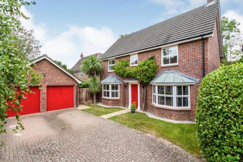 Quarry Bank, Tonbridge, Kent, United Kingdom, TN9. 4 bedroom detached house for sale