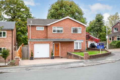 Deakin Leas, Tonbridge, ., TN9. 4 bedroom detached house for sale