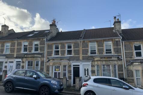 Coronation Avenue, Bath. 4 bedroom house