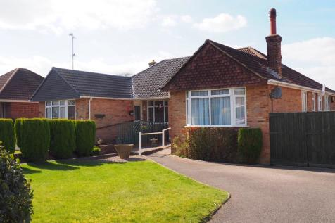 Havengate, Horsham. 2 bedroom bungalow