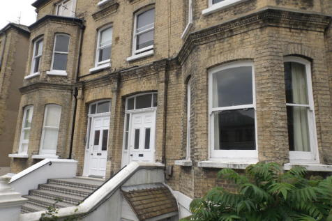 Wilbury Road. 2 bedroom apartment