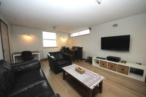Kingston Hill. 2 bedroom apartment
