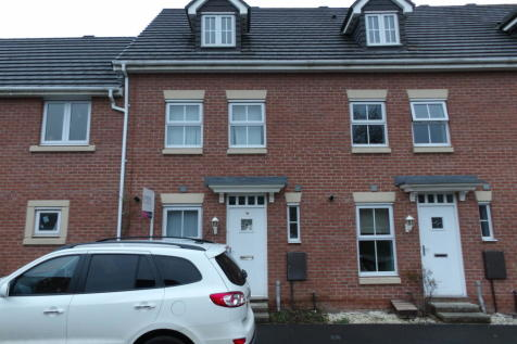 Maddren Way, Linthorpe. 3 bedroom town house
