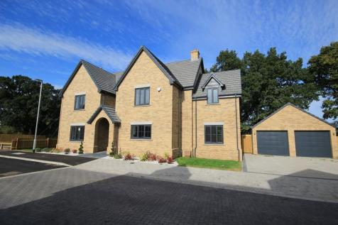 Hayfields, Greenfield Road, Flitton, MK45. 5 bedroom detached house for sale