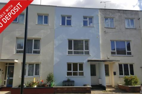 Cossack Green, Central. 5 bedroom house