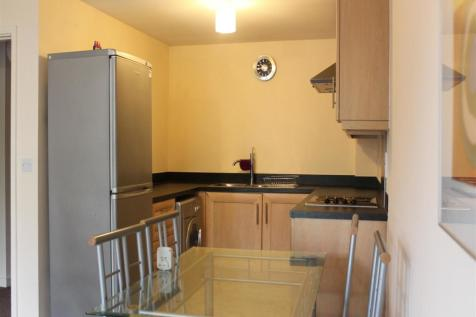 Ashfield Gardens; Latchford; WA4. 2 bedroom apartment