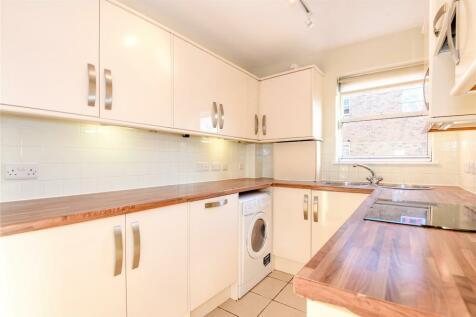 Marston Ferry Court, Marston Ferry Road, Summertown, Oxford, OX2. 1 bedroom apartment