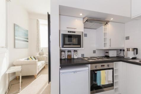London Place, St Clements, OX4. 1 bedroom apartment