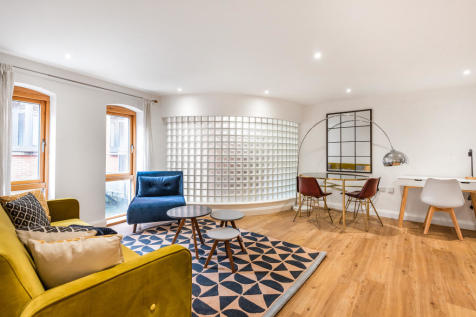 St. Thomas Street, Oxford. 1 bedroom flat