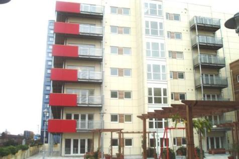 Grand Union Heights, Northwick Road, Alperton, Middlesex, HA0. 1 bedroom flat