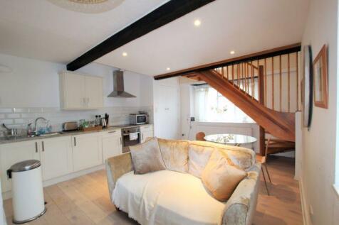 Silver Street, Bradford on Avon. 1 bedroom apartment