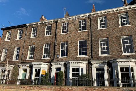 Friars Terrace, South Esplanade. 4 bedroom town house for sale