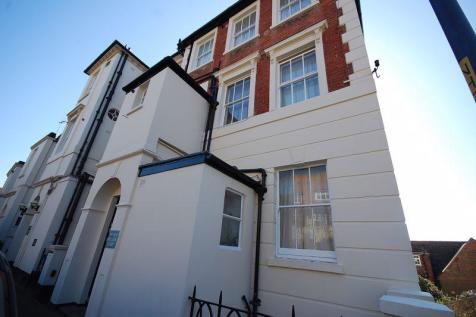 Hythe. 1 bedroom flat