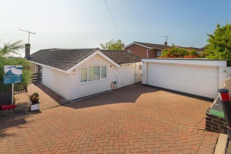 Hythe. 3 bedroom detached house