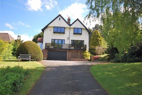 Saltwood. 4 bedroom detached house