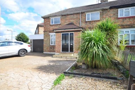 Dale Road Rochester ME1. 3 bedroom semi-detached house