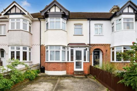 Beresford Avenue Rochester ME1. 3 bedroom terraced house