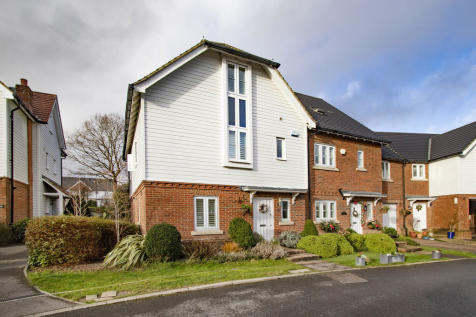Watson Way, Crowborough. 4 bedroom end of terrace house for sale
