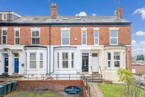 Middleborough Road, Coventry. 4 bedroom terraced house for sale