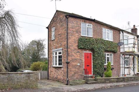 Bollington Road, Bollington, Macclesfield. 2 bedroom cottage