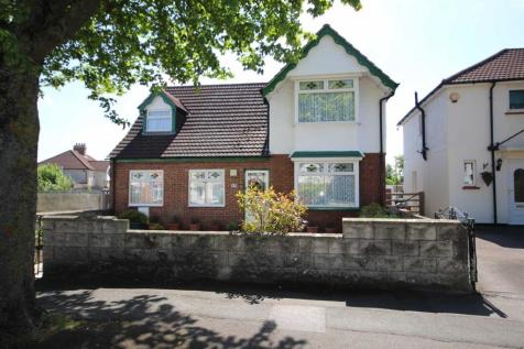 Drove Road, Old Walcot, Swindon. 4 bedroom detached house