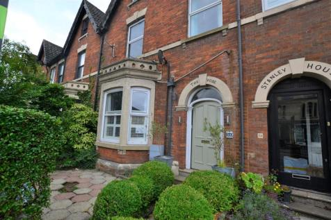 Devizes Road, Swindon. 5 bedroom terraced house for sale