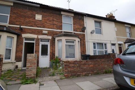 Alexandra Road, Swindon. 3 bedroom terraced house