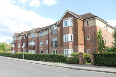 Crawley Road, Horsham. 2 bedroom property