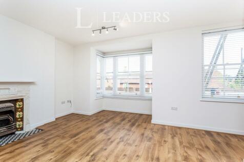 High Street, Hurstpierpoint. 2 bedroom flat