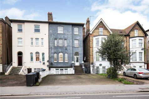 Selhurst Road, London, SE25. 6 bedroom semi-detached house