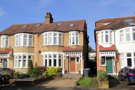 Drayton Gardens, London, N21. 4 bedroom semi-detached house for sale