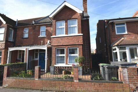 St Andrews Road, Gosport. 4 bedroom semi-detached house for sale
