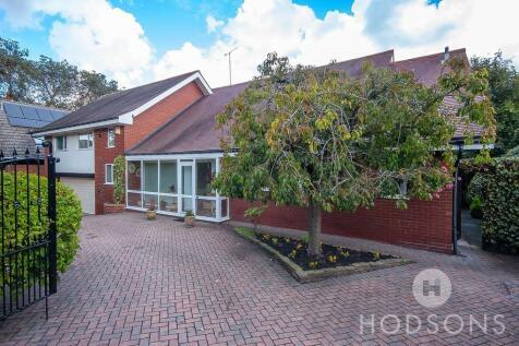 Blenheim Road, St Johns. 4 bedroom detached house for sale