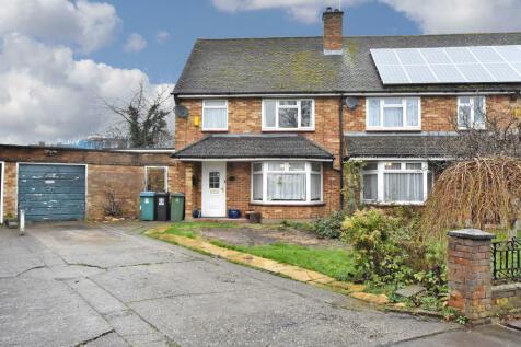 Mallard Way, Watford. 3 bedroom semi-detached house for sale