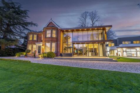 Devonshire Avenue, Beeston, Nottingham. 6 bedroom house for sale