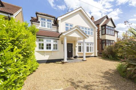 Wykeham Avenue, Hornchurch, RM11. 5 bedroom detached house for sale